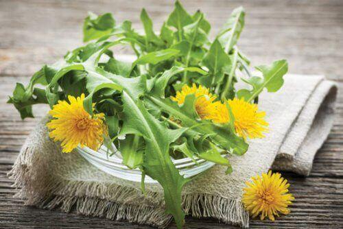7 naturlige diuretika som du bør inkludere i kostholdet ditt