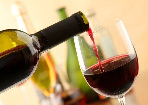 8 gode fordeler med å drikke rødvin