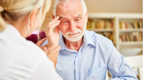 Tegn på demens som alle bør kjenne til