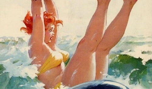 Kvinne faller i havet