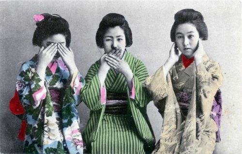 tre vise damer