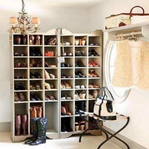 20 kreative ideer for å organisere skoene dine