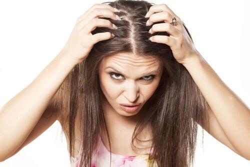 tynt hår