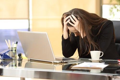 stresset kvinne