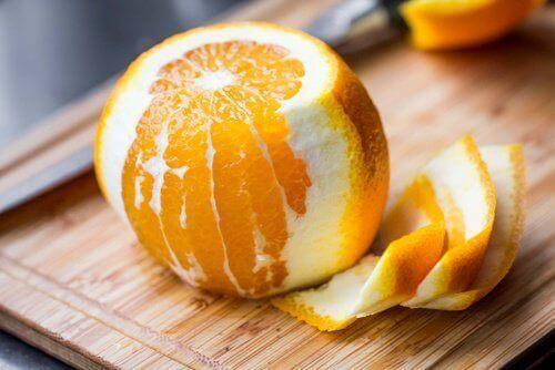 8 medisinske egenskaper med appelsinskall som du kanskje ikke kjenner til