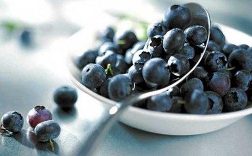 blåbær inneholder mange flavonoider