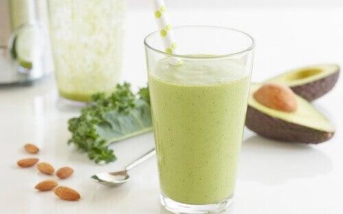 9 grunner til å spise avokado for en sunn kropp
