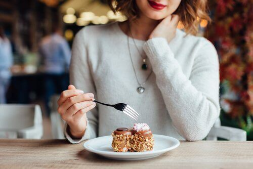 7 ting du bør unngå rett etter du har spist