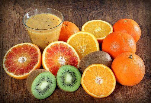 frukt med vitamin C og E