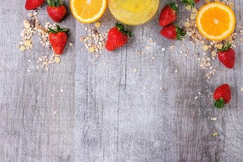 Bekjemp alopecia med appelsiner og jordbær