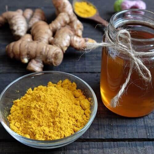Krem med honning og gurkemeie reduserer pigmentflekker