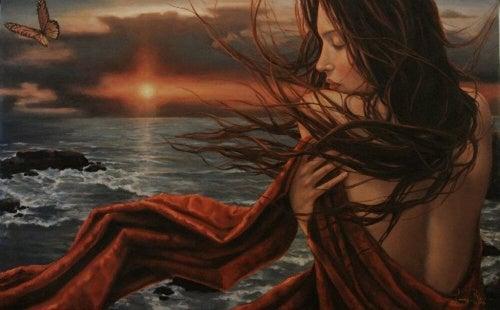 Kvinne ved havet