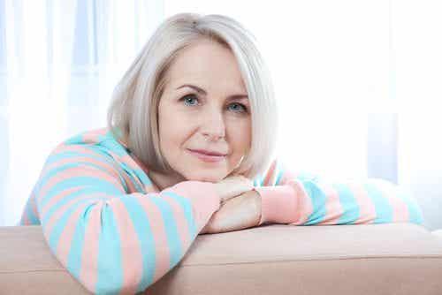 6 naturlige produkter som vil hjelpe deg å håndtere overgangsalderen