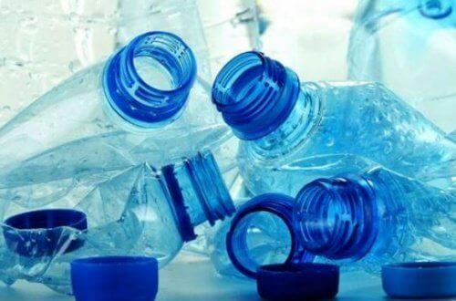 Tomme vannflasker