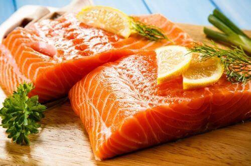 Flere fordeler med å spise laks til middag