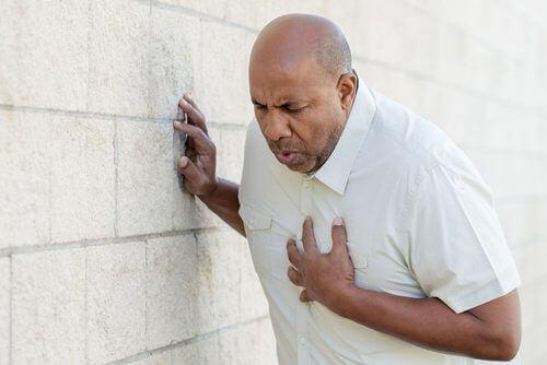 forskjellen på et hjerteinfarkt og et angstanfall