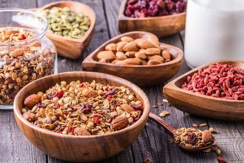 Fiberrike matvarer for å forbedre tarmfunksjonene dine