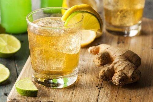 5 oppskrifter på drikke som hjelper deg å gå ned i vekt
