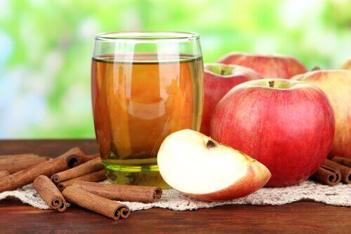 Eple og kanel