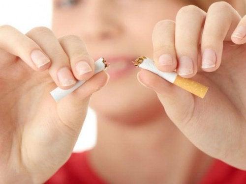 Kutt ut røyken med disse psykologiske praksisene