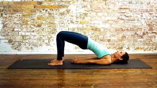 Yogastilling: Broen