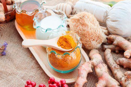 Gurkemeiemelk for å smøre ditt intimområde