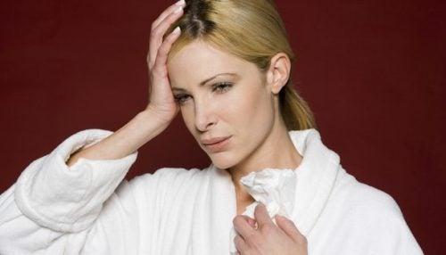 Nattlig hodepine: Hva forårsaker det?