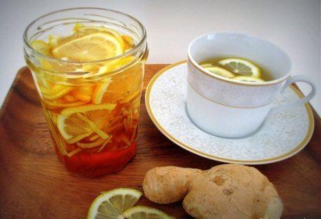Sitron- og ingefærjuice