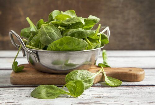 Spinat for å øke mengden blodplater