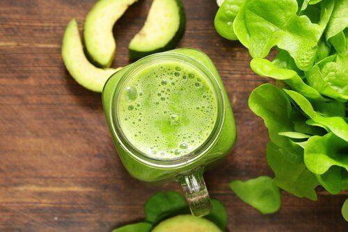 Grønn smoothie: unngå håravfall med forebyggende rensing