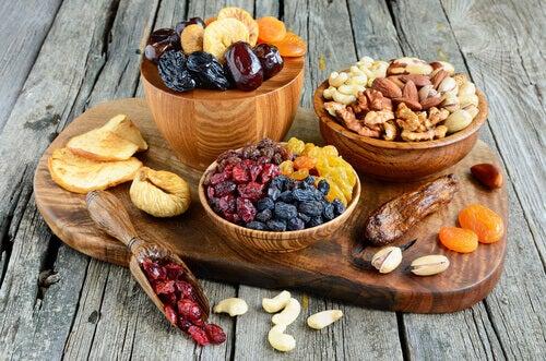 Tørket frukt for en energigivende frokost