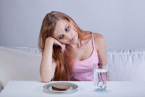 Kvinne med tap av appetitt