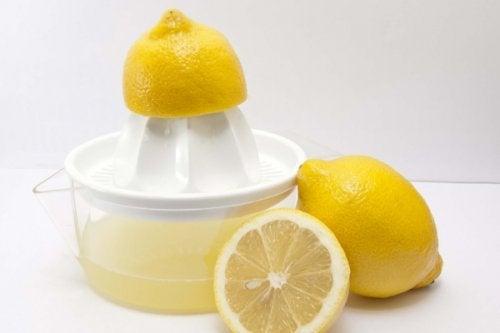 Sitroner og sitronsaft
