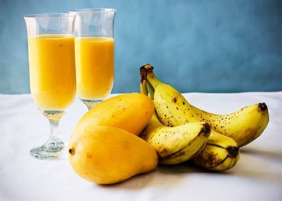 Banan- og mangosmoothie
