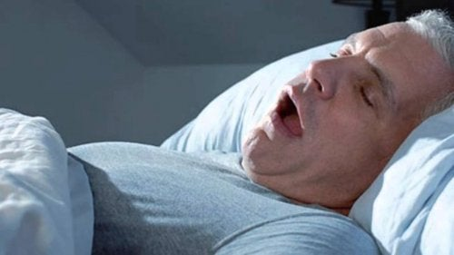 Mann med søvnapné