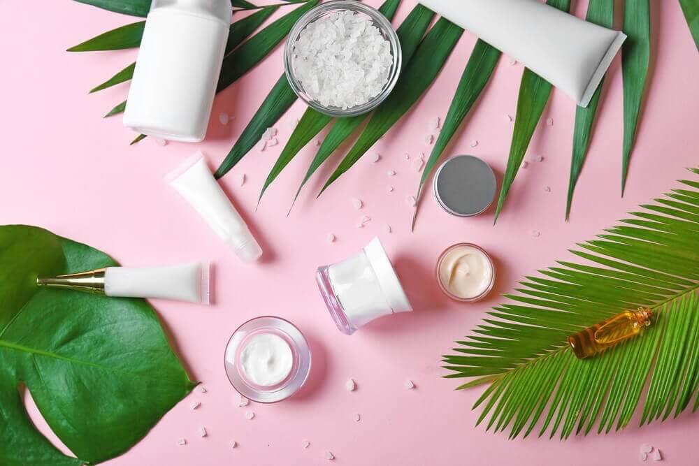 Bruk naturlig kosmetikk
