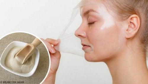 Fire «peel-off»-gelatinmasker å revitalisere huden din