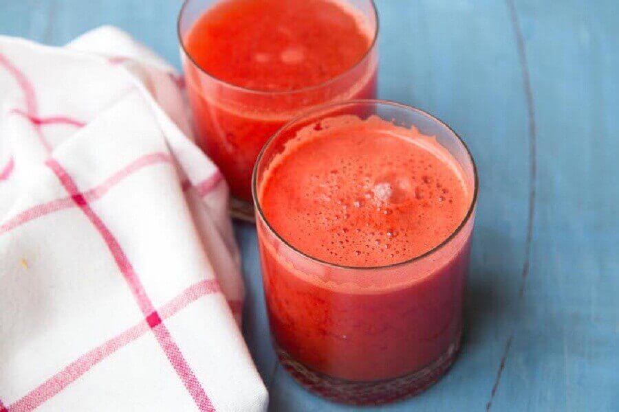 Rød juice for å behandle anemi