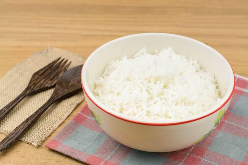 Spis ris på en sunn måte