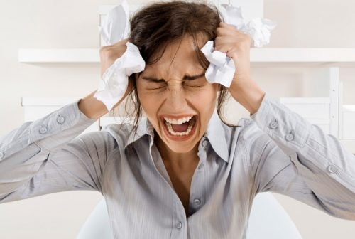 Kvinne med kronisk stress
