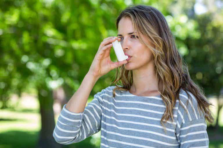 Astma: Symptomer, triggere og fakta om diagnosen