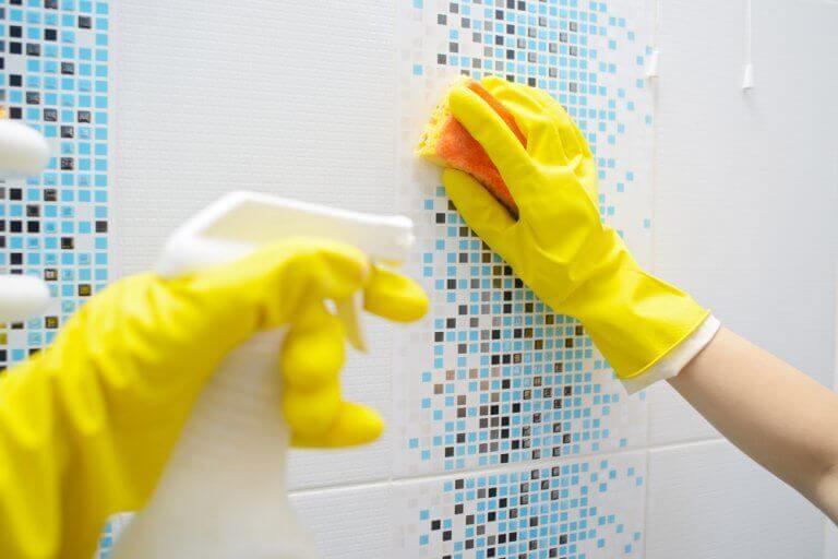 Rengjøring av dusjen