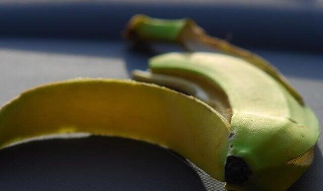 Forskjeller mellom bananer og kokebananer