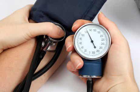 Fem naturlige remedier mot for høyt blodtrykk
