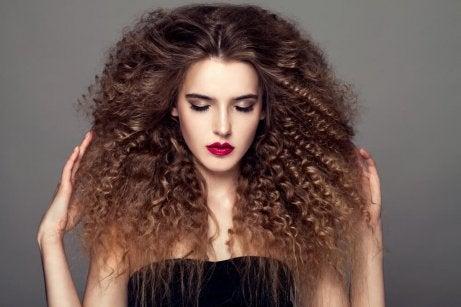 Krøllete hår