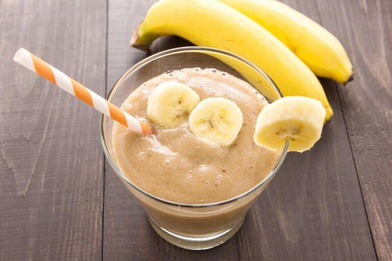 Smoothie med kanel og banan