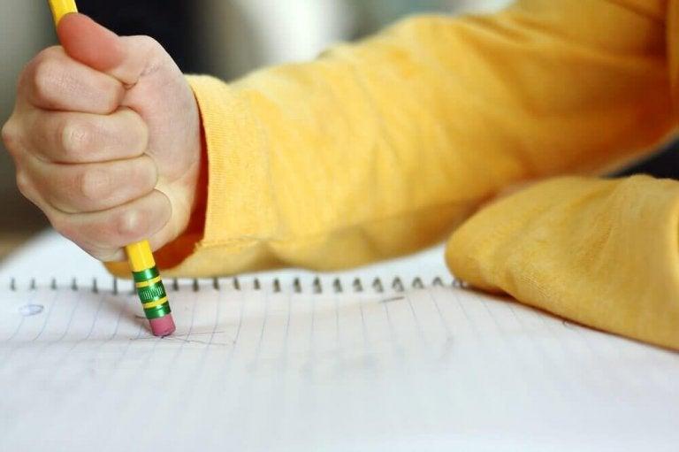 Vær oppmerksom: Disse tegnene kan indikere at barnet ditt har lærevansker