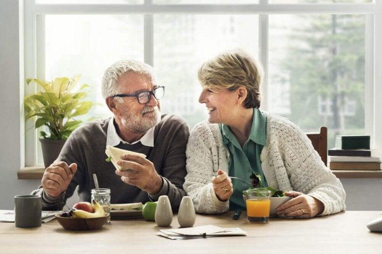 5 endringer du bør gjøre i kostholdet ditt når du blir 40