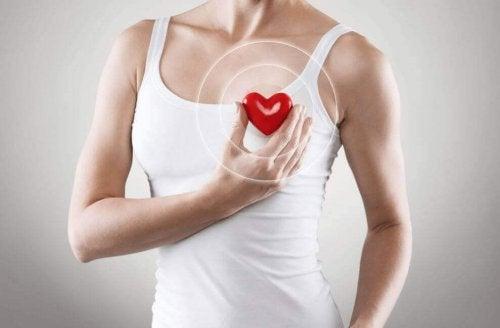 6 kardioøvelser du kan gjøre hjemme