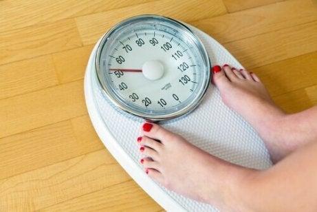 Hvilke teer kan hjelpe deg å gå ned i vekt?